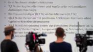 Das Robert-Koch-Institut stellt in einer Pressekonferenz die Ergebnisse seiner Studie in Kupferzell vor.