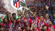 Dank zweier Tore in der Nachspielzeit geht Atlético aus dem madrilenischen Duell in Tallinn als Sieger hervor.