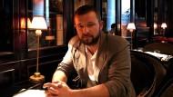 Der Politikberater Vitali Shkliarov in einem Café in Moskau im Jahr 2017.