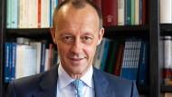 """""""Wir ,demobilisieren' nicht unsere Gegner, wir stellen uns der kontroversen Debatte"""" - Friedrich Merz"""