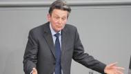 Rolf Mützenich, Vorsitzender der SPD-Bundestagsfraktion, am 21. April 2021 im Bundestag.