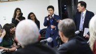 Der chinesische Diplomat Xing Jisheng kritisiert die Studie von Human Rights Watch.