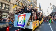 """Feindliche Übernahme: Auch die Finanzbranche hat das ehemals subversive """"Queer""""-Label für sich entdeckt."""