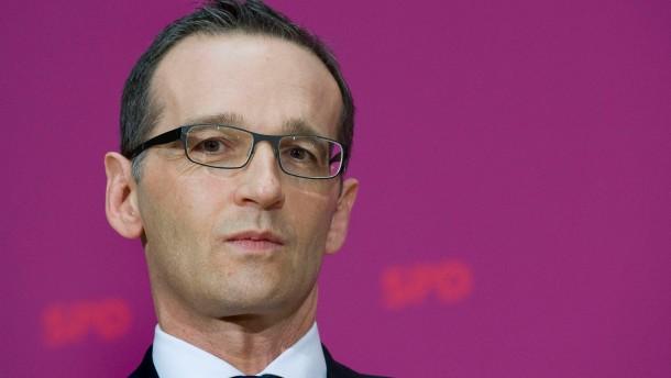 Große Koalition - Parteivertreter der künftigen Großen Koalition geben in Berlin die Namen der Kabinettsmitglieder der Bundesregierung bekannt.