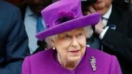 Vor einem Monat eröffnete die Queen ein Krankenhaus in London. Heute hat sie die Stadt vorzeitig wegen des Coronavirus' verlassen.