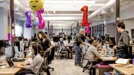 Kommunikation, hier einmal ganz undigital: Slack-Büro in San Francisco.