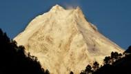 Der Mount Manaslu im Himalaja ist der achthöchste Berg der Welt.