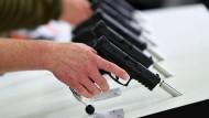 Handfeuerwaffen (Pistole) des deutschen Herstellers Heckler & Koch