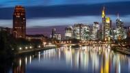 Frankfurt am Main, Standort der in den Fokus der Ermittler geratenen Wirtschaftskanzlei Freshfields