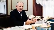 Gorbatschow wollte das Sowjetsystem festigen
