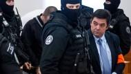 Der Angeklagte Martin Kocner kommt am 19. Dezember 2019 im slowakischen Pezinok zur Verhandlung vor Gericht.