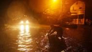 Die ersten Vorboten von Hurrikan Florence treffen in North Carolina.