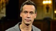 """Bücher-Podcast aus dem Literaturhaus Frankfurt: Volker Weidermann und sein Buch """"Brennendes Licht"""""""