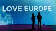 Es geht auch um ihre Zukunft: Kinder vor der Europawahl 2014 auf einer Wahlkampfbühne in Wien.