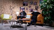 Aufbruch zur Regierungsfähigkeit im Schatten der Zimmeraralie: Robert Habeck und Annalena Baerbock beim virtuellen Parteitag im Berliner Tempodrom.