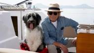 Dreamteam: Matula (Claus Theo Gärtner) mit seinem Hund Dr. Renz.