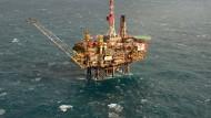 Eine Öl-Plattform in der Nordsee
