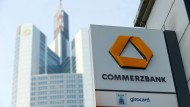 The merger of Deutscher Bank and Commerzbank is indeed off the table, but still causes trouble at Commerzbank.