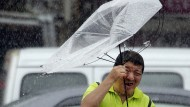 "Über Taiwan fegte der Taifun ""Lekima"" bereits am Freitag hinweg."