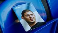 Ein britisches Stadionmagazin hat Emiliano Sala nach dessen tödlichem Unglück auf dem Cover.