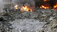 Diesen Krater hinterließ der Sprengstoffanschlag auf den früheren libanesischen Ministerpräsidenten Rafik Hariri im Jahr 2005