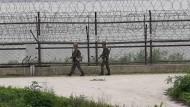 Südkoreanische Soldaten an der Grenze zu Nordkorea in der Nähe von Paju im August 2014 (Symbolbild)