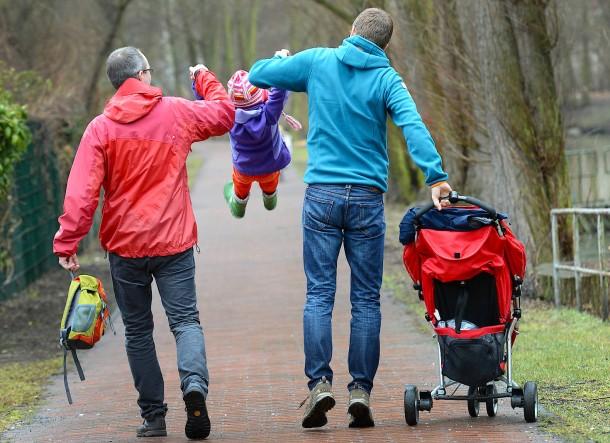 """Wer hat das Sorgerecht? Soziale Eltern können in Deutschland ein """"kleines Sorgerecht"""" für die Fragen des alltäglichen Lebens übernehmen."""