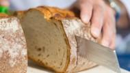 Wird von immer weniger Bäckereien in Hessen gebacken: das täglich´ Brot