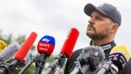 """Trainer Steffen Baumgart: """"Ich verfolge meine Spieler nicht auf Instagram oder erteile Alkoholverbot, das wäre doch albern."""""""
