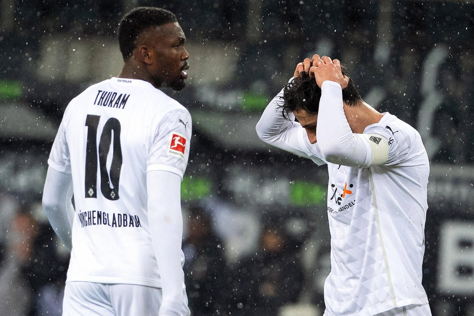 gladbach verliert rhein derby in