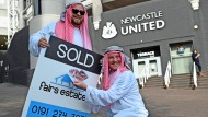 Diese Anhänger von Newcastle United fremdeln nicht mit den neuen Besitzern des Klubs.