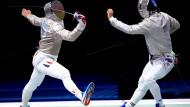 Lang ist's her: Max Hartung (links) bei der Europameisterschaft 2019 gegen den Ungarn Aron Szilagyi