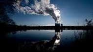 Zumindest Deutschland möchte nicht nur aus der Kernkraft aussteigen, sondern mittelfristig auch aus der Kohle.