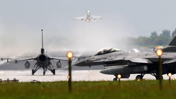 """NATO-Mannöver """"Jawtex 2014"""""""