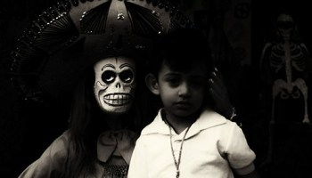The winning entry: Catrina with Prey by Jill Flyer