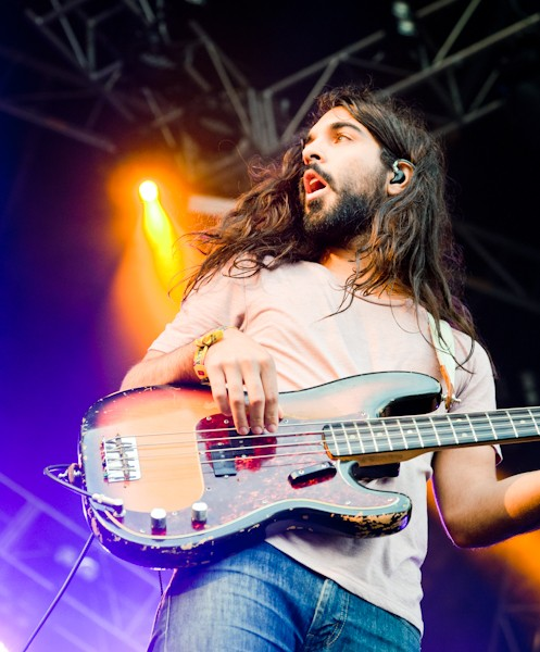 Young the Giant bassist Payam Doostzadeh and Jesus of Nazareth: Separated at birth?