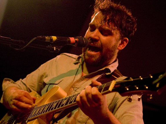 review setlist frightened rabbit