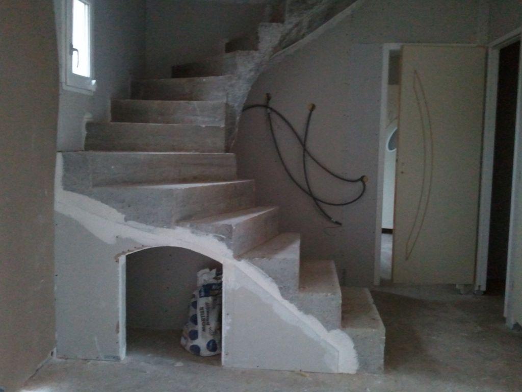 Faire carreler son escalier 24 tournant