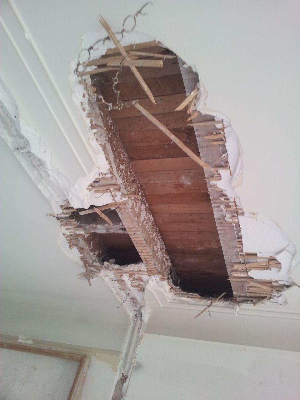 fixation d un rail sur plafond en