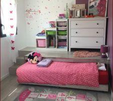 chambre d enfant sol gris clair