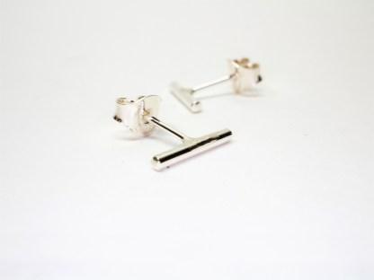 Enkla silverörhängen Sandy