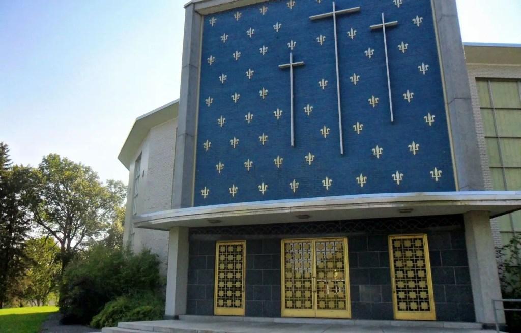 Pourquoi faire disparaître l'église Saint-Louis-de-France de Québec?