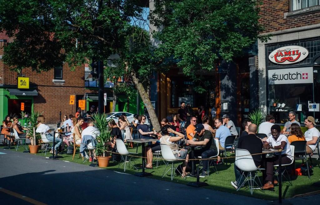 Québec durcit le ton envers les bars