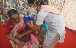 Vaccins pour tous aux États-Unis et en Inde
