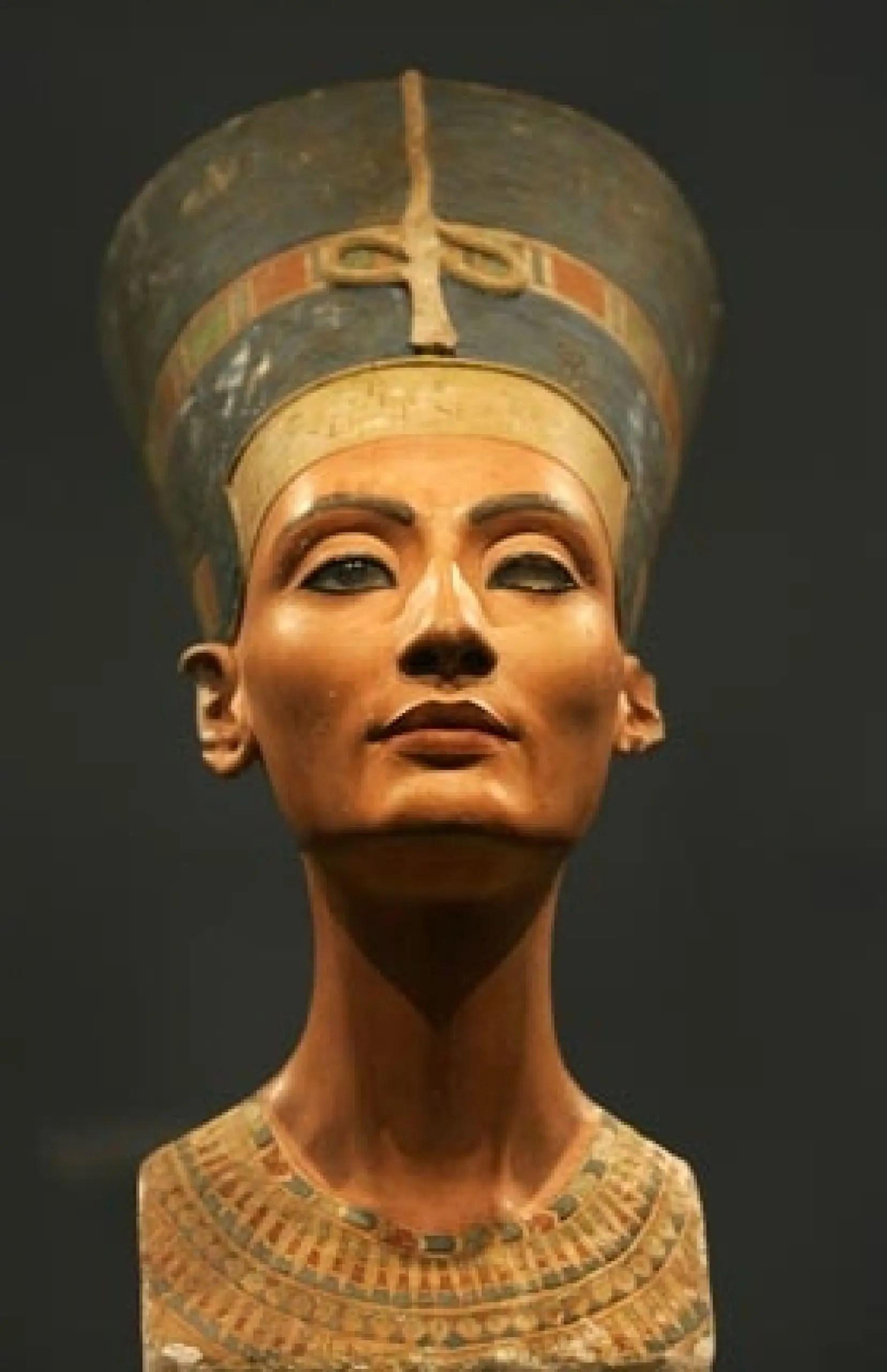 Les Pharaons Les Plus Connus : pharaons, connus, Double, Visage, Reine, égyptienne, Néfertiti, Devoir