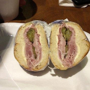 Naše paso praška ham sandwich