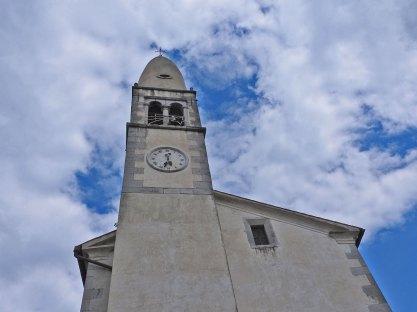 Crkvica sa čudnom kupolom