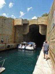 tunel podmornica Vis