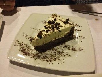 bela-čokoladna-torta