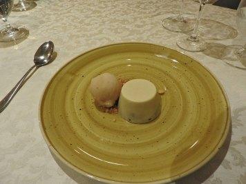 desert-sladoled-od-kruške-i-bela-cokolada